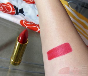 kenley red lipstick swatch